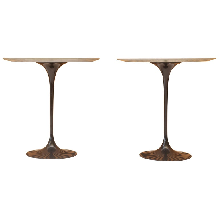Eero Saarinen for Knoll Gray Marble Tulip Side Tables For Sale