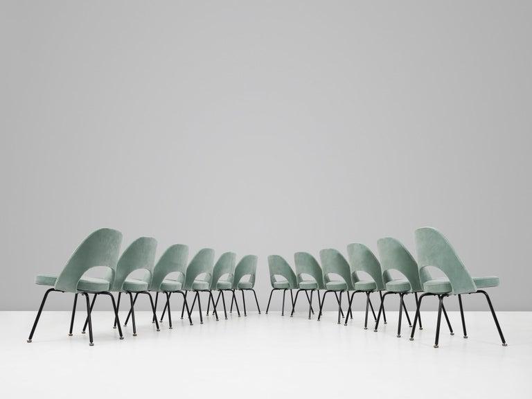 Eero Saarinen for Knoll International Dining Chairs In Good Condition In Waalwijk, NL