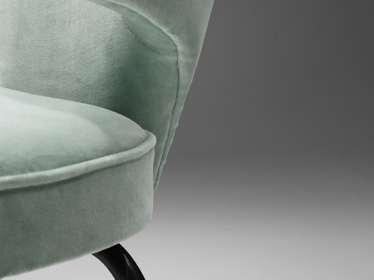 Metal Eero Saarinen for Knoll International Pair of Dining Chairs For Sale