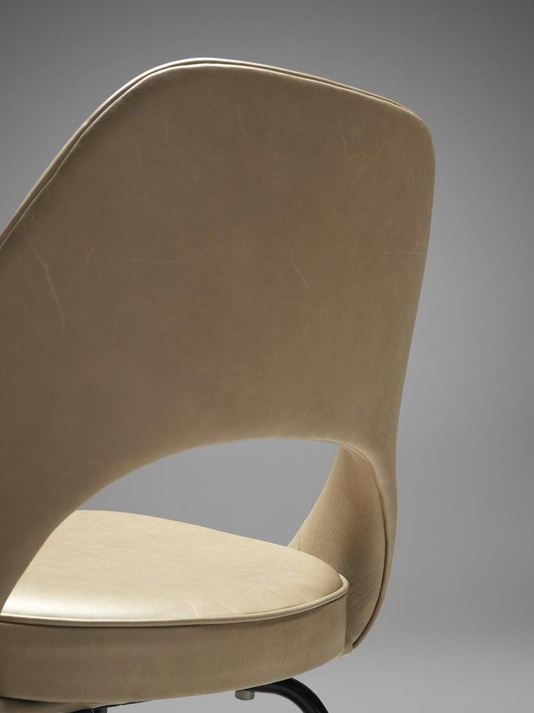 Metal Eero Saarinen for Knoll International Reupholstered Chairs For Sale