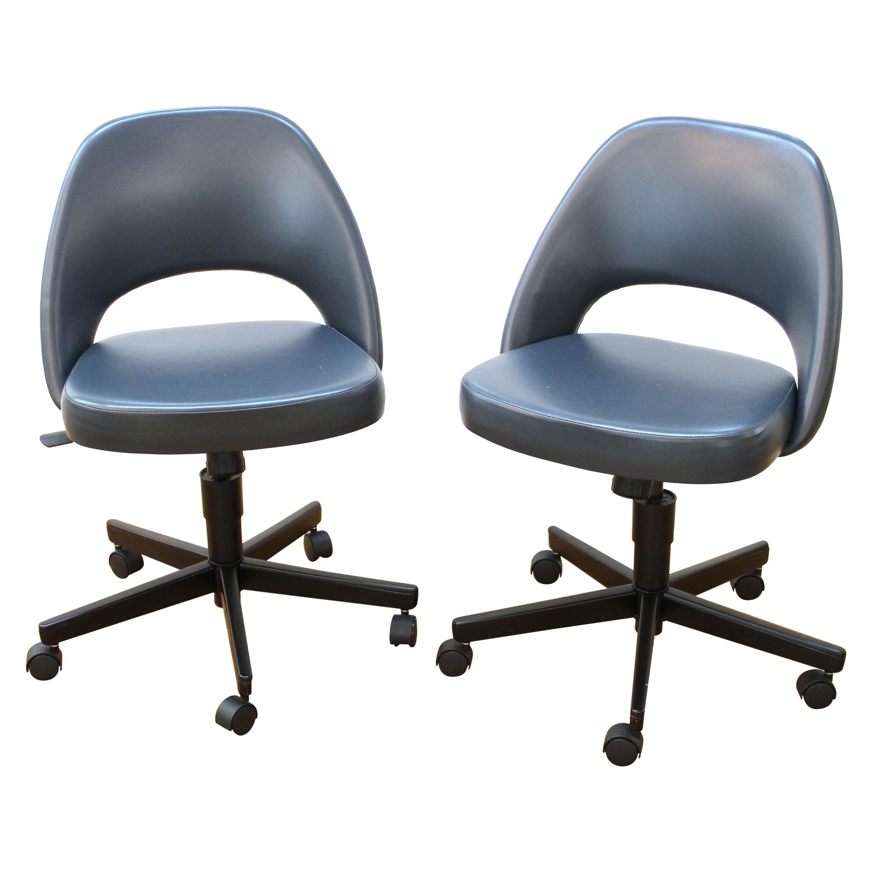 Eero Saarinen For Knoll Mid-Century Modern Executive Swivel Side Chairs