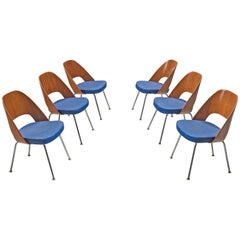 Eero Saarinen for Knoll Set of Six Dining Chairs