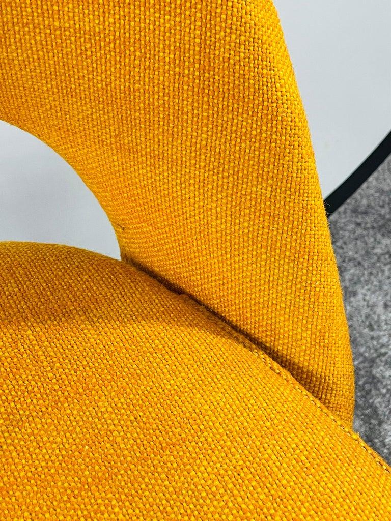 Metal Eero Saarinen for Knoll Side Chair, a Pair For Sale