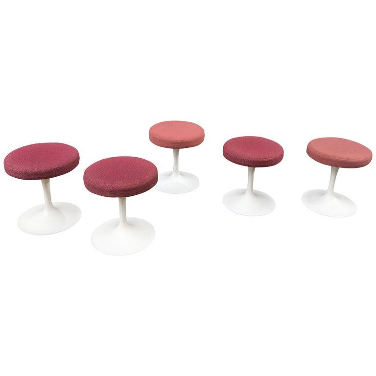 Eero Saarinen for Knoll Swivel Tulip Stools For Sale