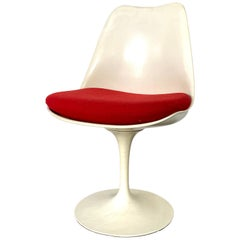 Eero Saarinen for Knoll Tulip Dining or Desk Chair