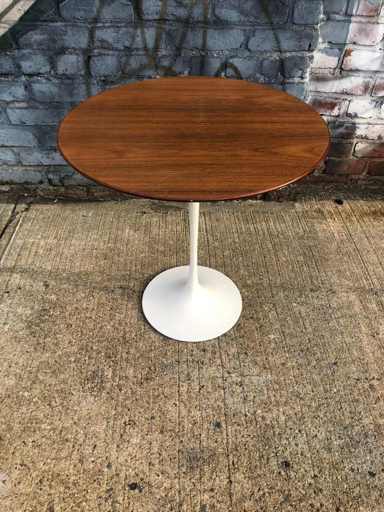 American Eero Saarinen for Knoll Walnut Tulip Side Table For Sale
