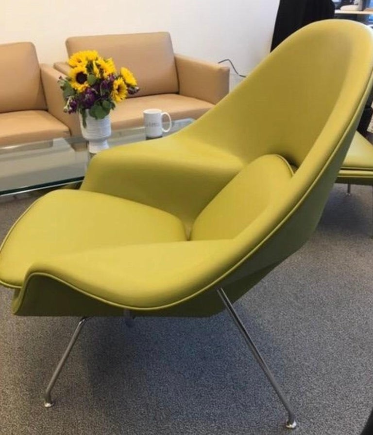 Eero Saarinen for Knoll custom womb chair and ottoman, leather, chartreuse green-yellow. Very rare to find this iconic design in anything but wool boucle and more traditional colors, MSRP for custom chair and ottoman set is over 9,000 USD with many