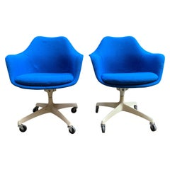 Eero Saarinen Knoll Associates 150 UDS Swivel Chairs