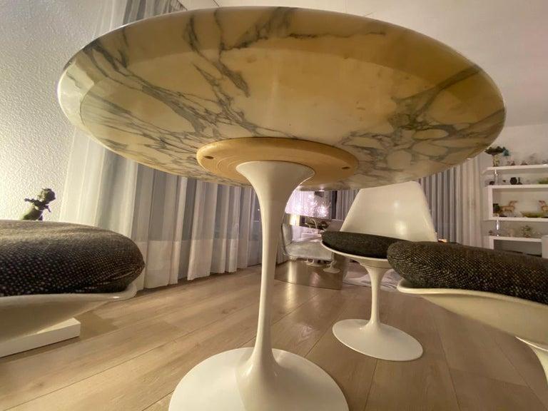 Finnish Eero Saarinen & Knoll International