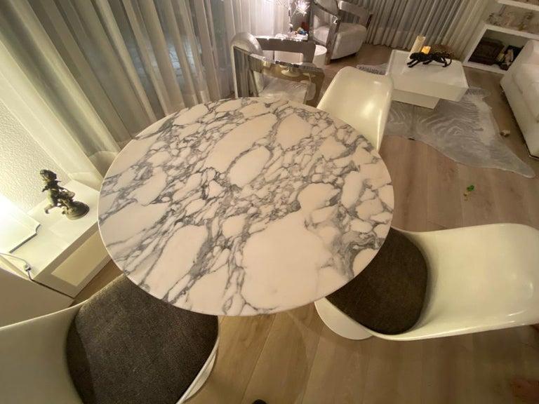 Fiberglass Eero Saarinen & Knoll International