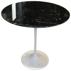"Eero Saarinen & Knoll, ""Tulip"" Black Marble Gueridon Table, XXth"