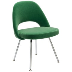 Eero Saarinen Model 72, Executive Side Chair in Green Mohair Fabric by Knoll
