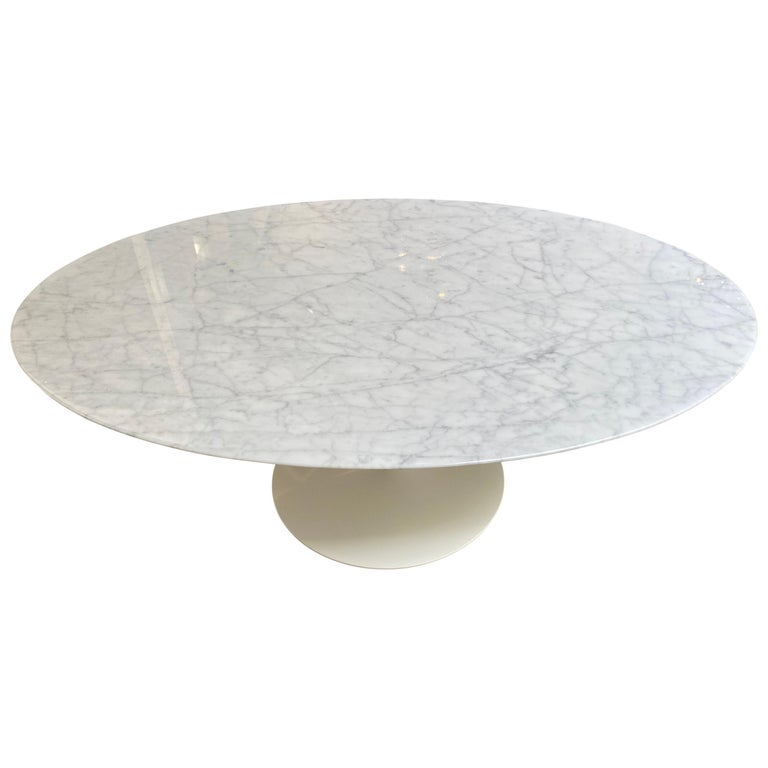 Eero Saarinen Oval Tulip Coffee Table For Sale