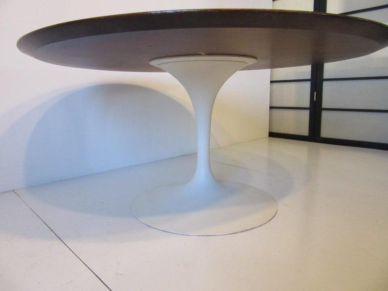 American Eero Saarinen 'Rare' Tea Height Tulip Table for Knoll International For Sale