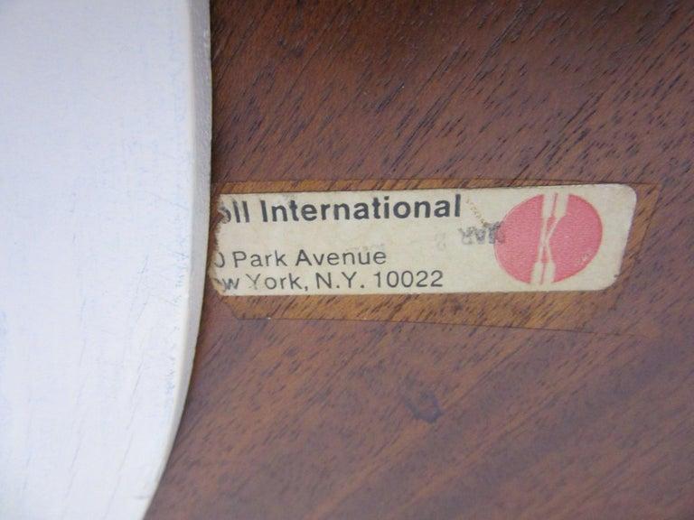20th Century Eero Saarinen 'Rare' Tea Height Tulip Table for Knoll International For Sale