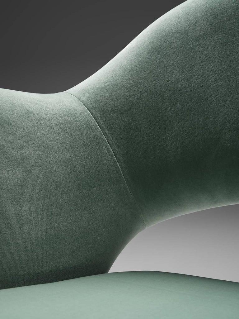 Eero Saarinen Set of Six Reupholstered Armchairs in Velvet and Metal For Sale 1