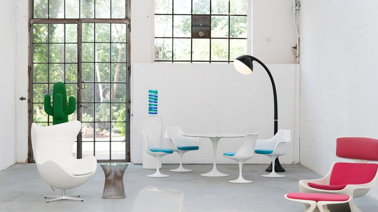 Eero Saarinen, Set of 4 Tulip Chair by Knoll International in Turquoise-Blue For Sale 4
