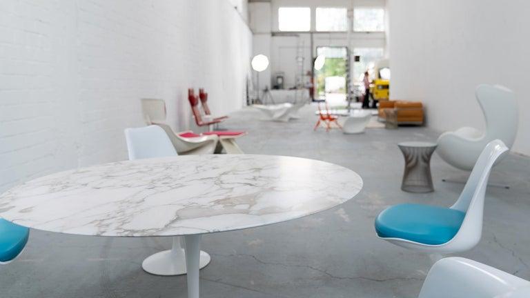 Eero Saarinen, Set of 4 Tulip Chair by Knoll International in Turquoise-Blue For Sale 5