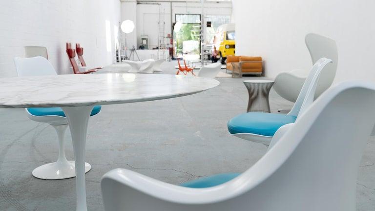 Eero Saarinen, Set of 4 Tulip Chair by Knoll International in Turquoise-Blue For Sale 7