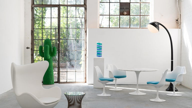 Eero Saarinen, Set of 4 Tulip Chair by Knoll International in Turquoise-Blue For Sale 10