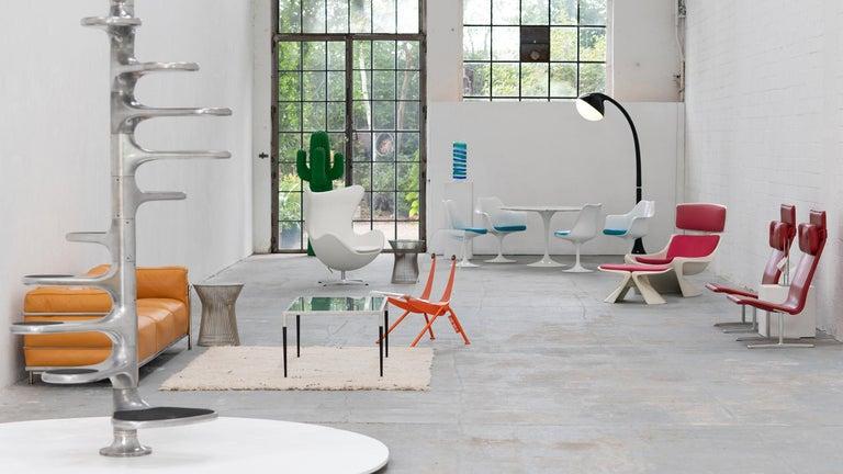 Mid-Century Modern Eero Saarinen, Set of 4 Tulip Chair by Knoll International in Turquoise-Blue For Sale