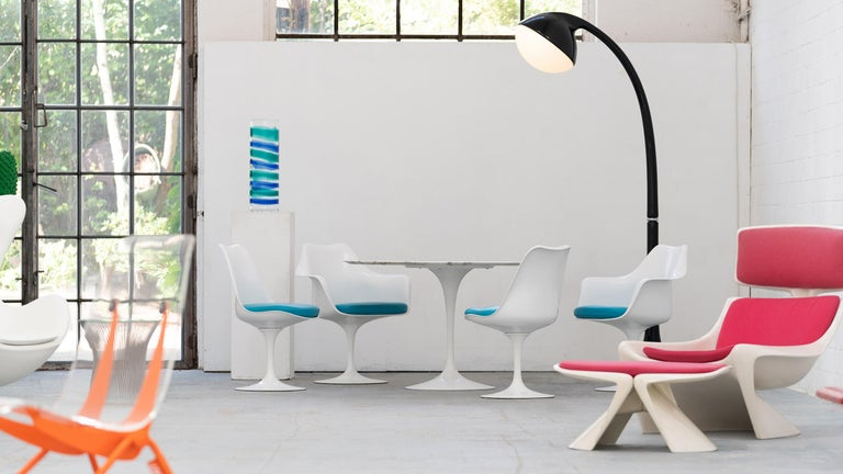Eero Saarinen, Set of 4 Tulip Chair by Knoll International in Turquoise-Blue In Excellent Condition For Sale In Munster, NRW