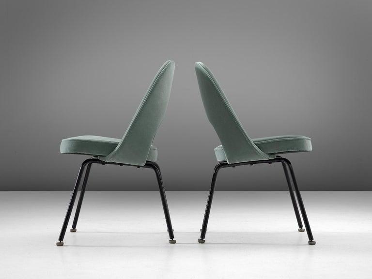 Eero Saarinen Set of Eight Customized Dining Chairs In Good Condition For Sale In Waalwijk, NL