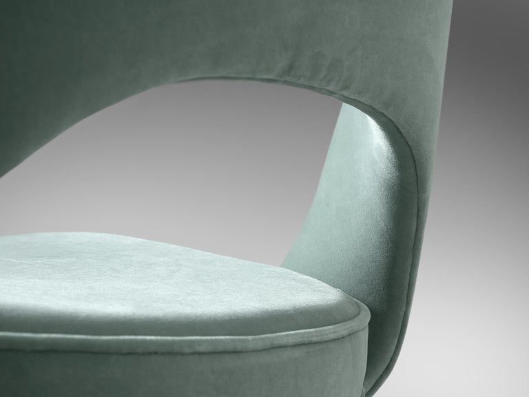 Metal Eero Saarinen Set of Eight Customized Dining Chairs For Sale