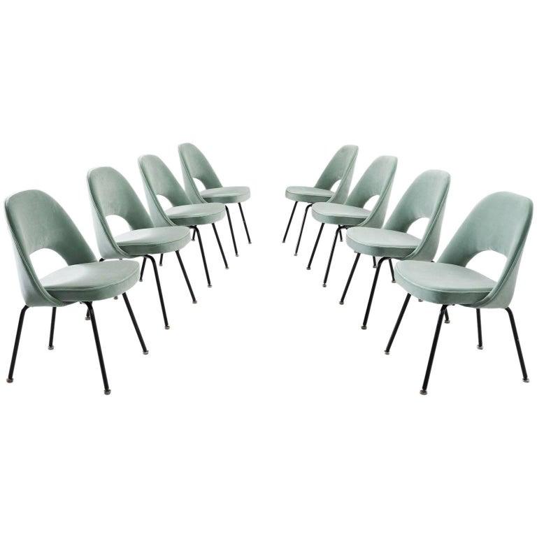 Eero Saarinen Set Of Eight Customized Dining Chairs For