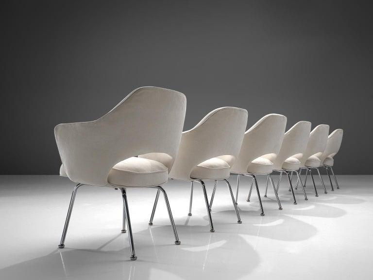 Mid-Century Modern Eero Saarinen Six Armchairs in White Fabric For Sale