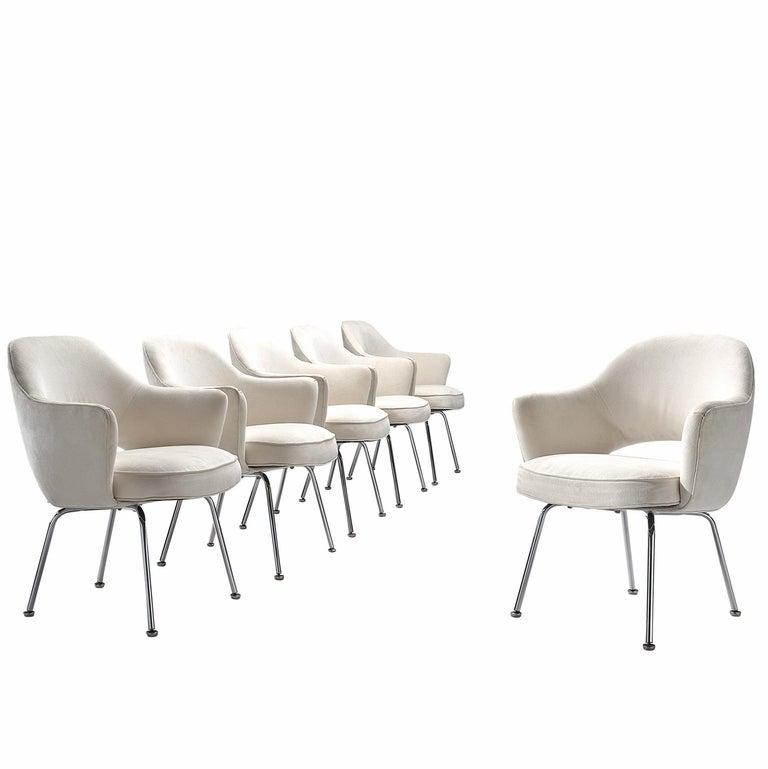 Eero Saarinen Six Armchairs in White Fabric For Sale