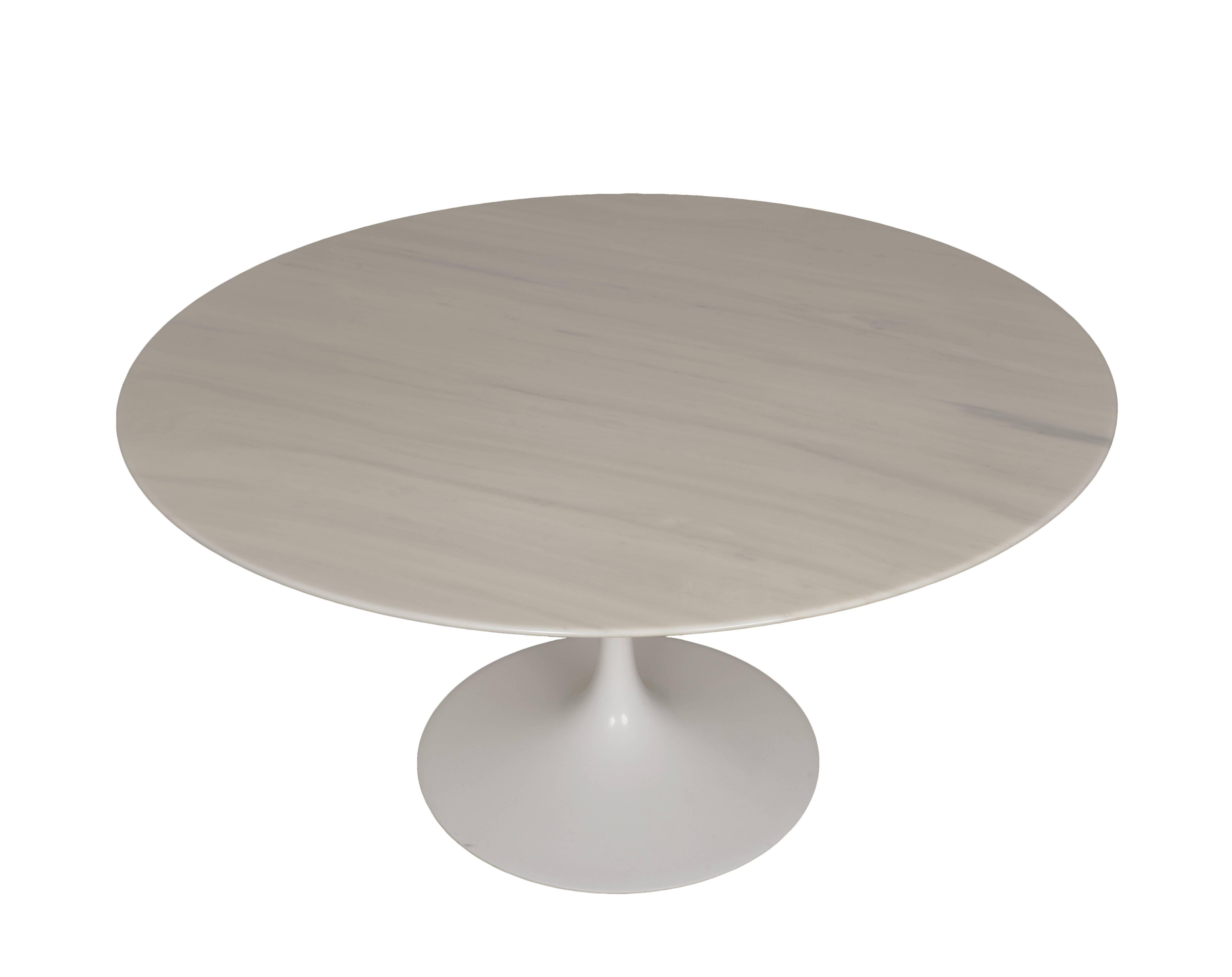 c93cb03a16c2 Eero Saarinen Tulip Carrara Marble Dinning Table Round