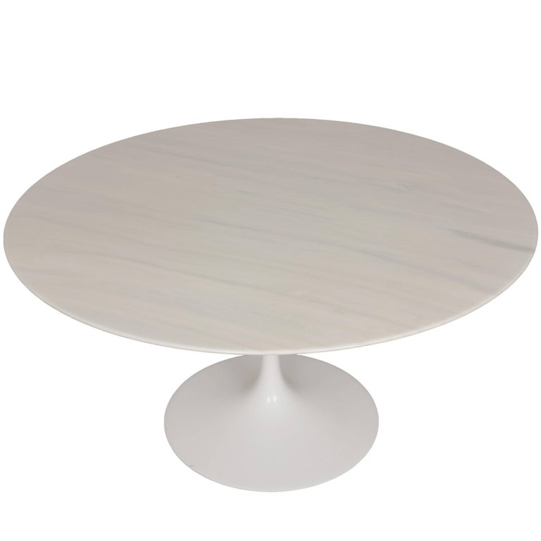 Eero Saarinen Tulip Carrara Marble Dinning Table Round Knoll - Saarinen carrara marble table