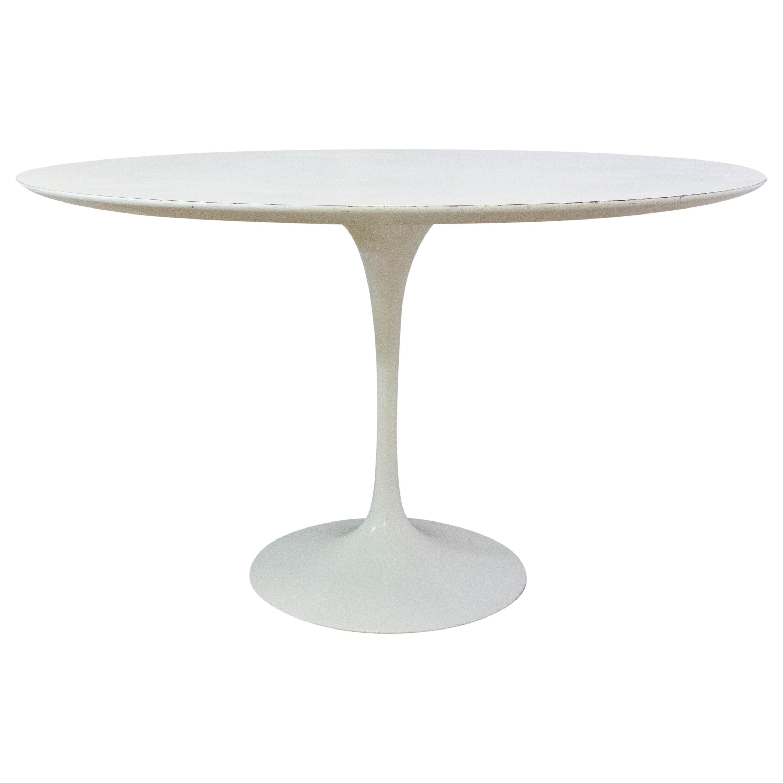 """Eero Saarinen """"Tulip"""" Dining Table for Knoll Circular Table, circa 1970"""