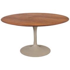 Eero Saarinen Tulip Dining Table for Knoll