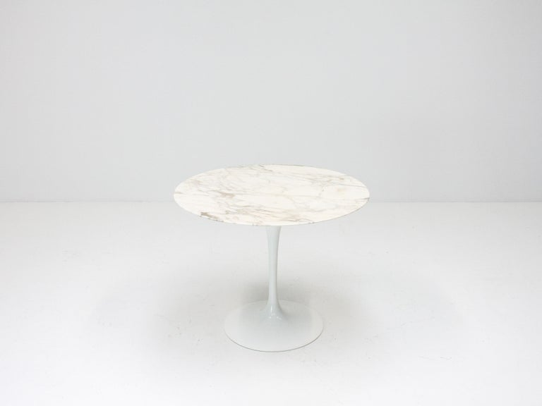 Eero Saarinen Tulip Dining Table, Marble Top, Knoll, Designed 1956 For Sale 3