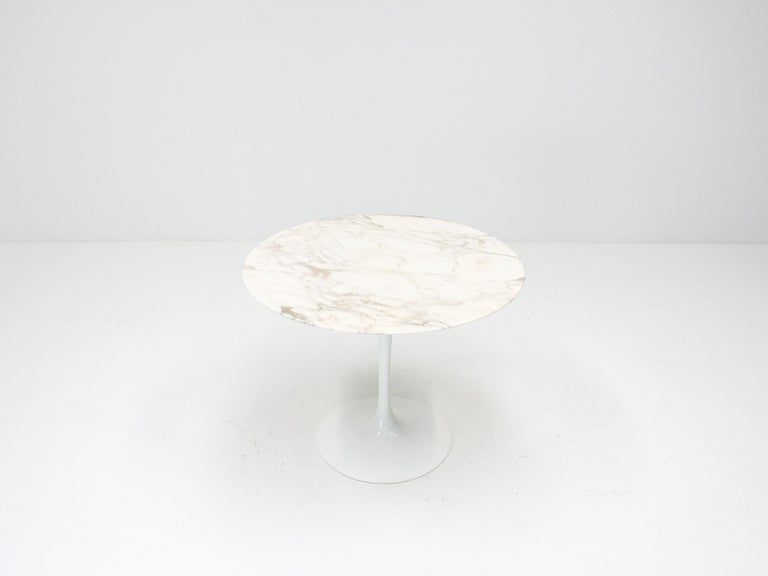 Eero Saarinen Tulip Dining Table, Marble Top, Knoll, Designed 1956 For Sale 1