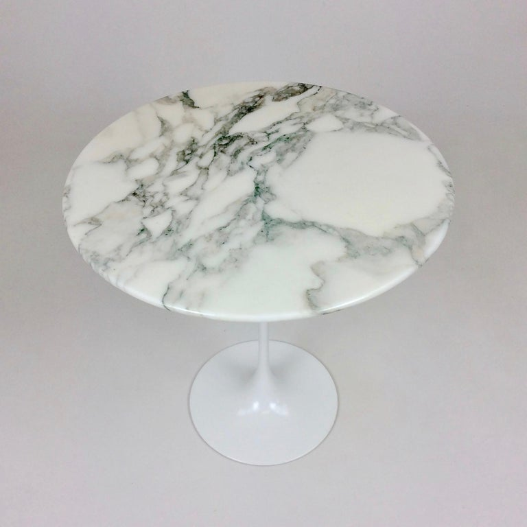Eero Saarinen Tulip side table for Knoll International.