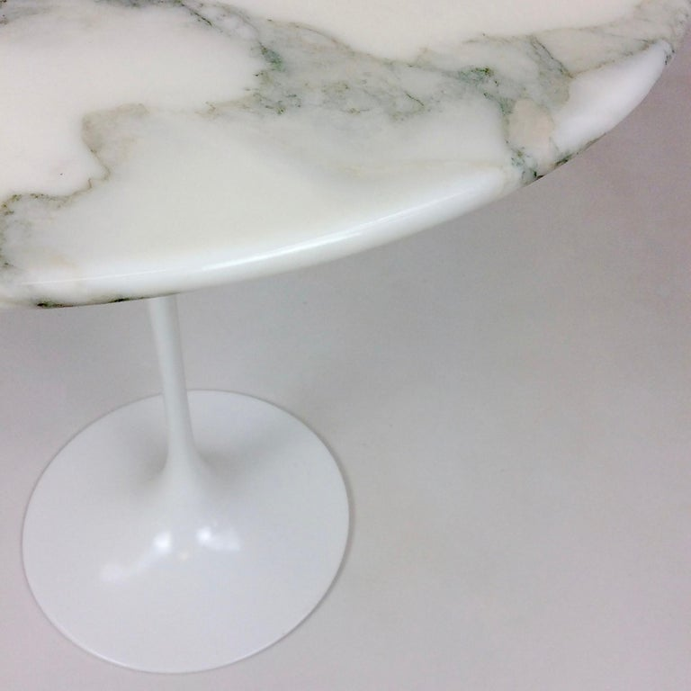 Eero Saarinen Tulip Side Table for Knoll For Sale 1