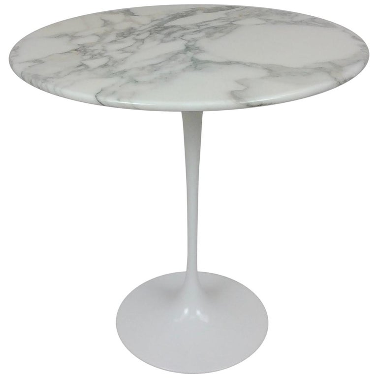 Eero Saarinen Tulip Side Table for Knoll For Sale