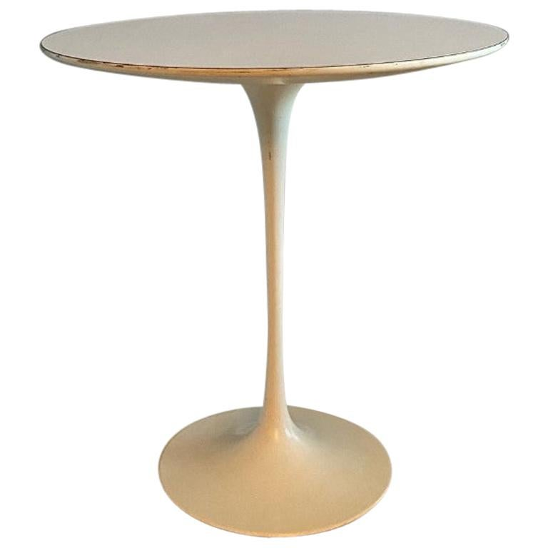 "Eero Saarinen ""Tulip"" Side Table for Knoll, Midcentury"