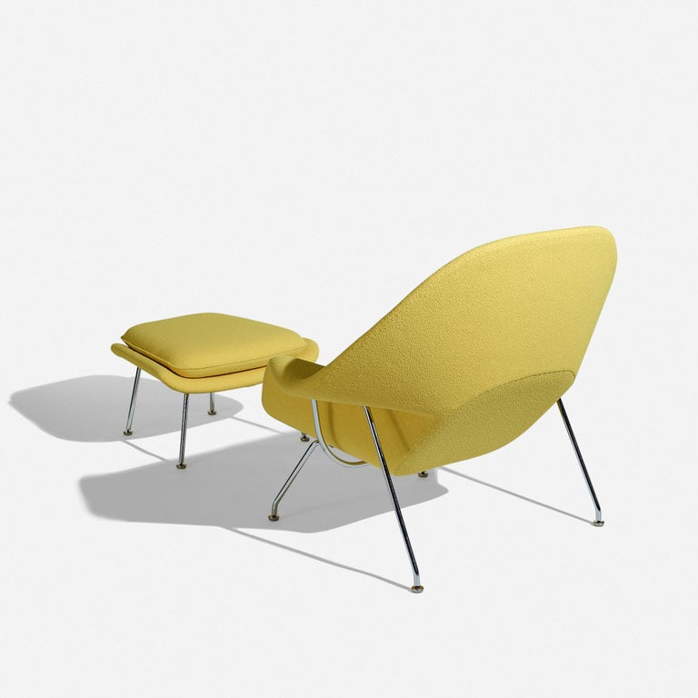 Mid-Century Modern Eero Saarinen Womb Chair and Ottoman for Knoll For Sale