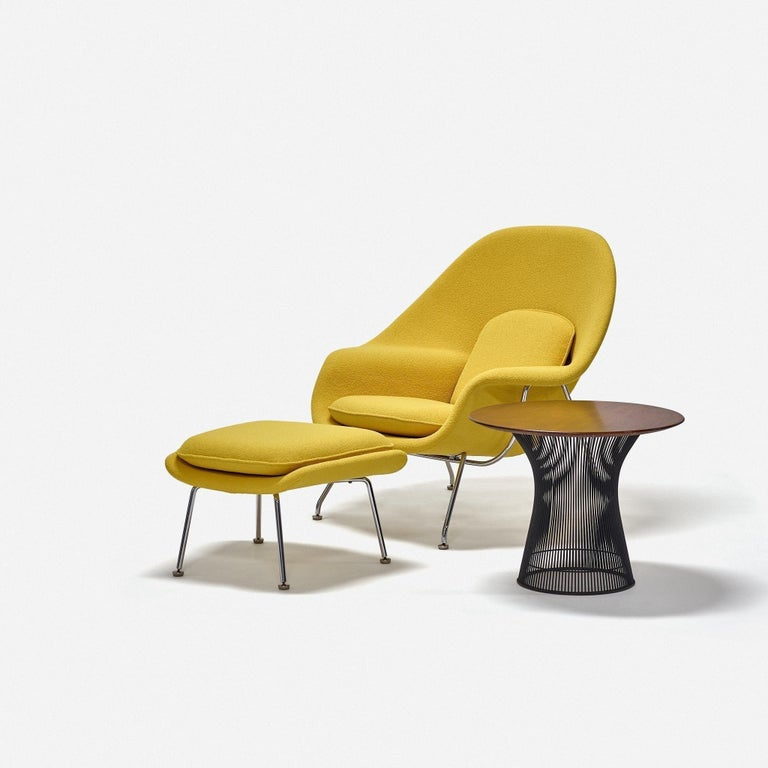 20th Century Eero Saarinen Womb Chair and Ottoman for Knoll For Sale
