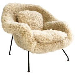 Eero Saarinen Womb Chair in California Sheepskin