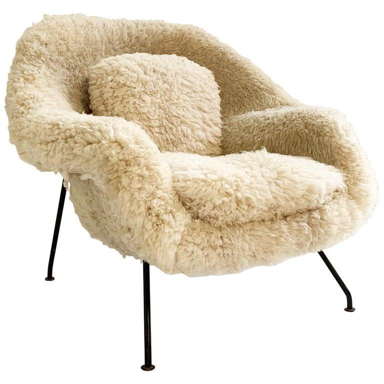 Pleasing Eero Saarinen Womb Chair In California Sheepskin At 1Stdibs Machost Co Dining Chair Design Ideas Machostcouk