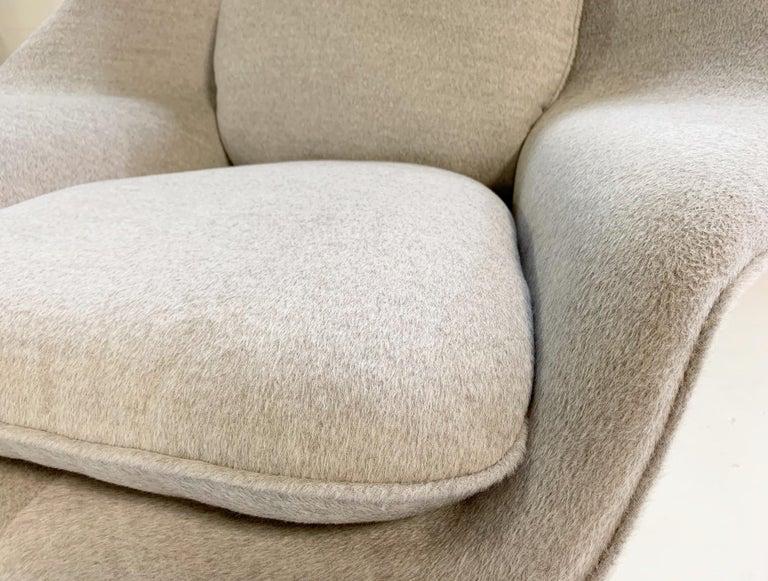 Eero Saarinen Womb Chair in Loro Piana Alpaca Wool For Sale 4