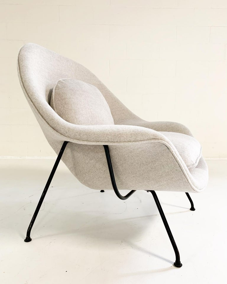 Mid-Century Modern Eero Saarinen Womb Chair in Loro Piana Alpaca Wool For Sale