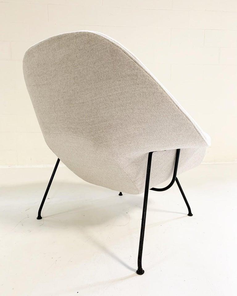Eero Saarinen Womb Chair in Loro Piana Alpaca Wool In Excellent Condition For Sale In SAINT LOUIS, MO