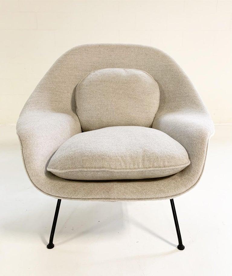 20th Century Eero Saarinen Womb Chair in Loro Piana Alpaca Wool For Sale