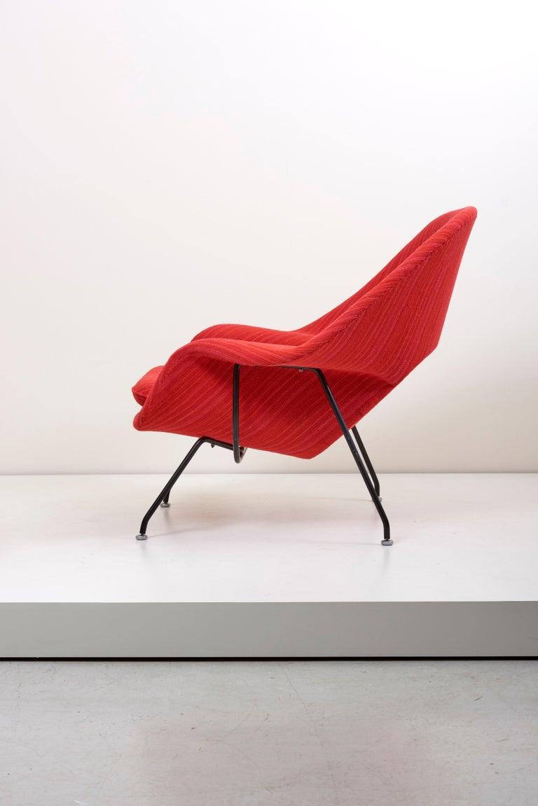 German Eero Saarinen Womb Chair with Ottoman by Knoll in Knoll Dynamic Fabric